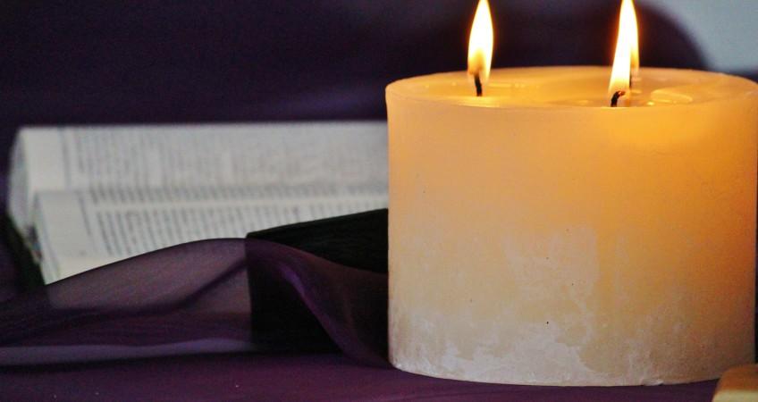 candle-535149_1920